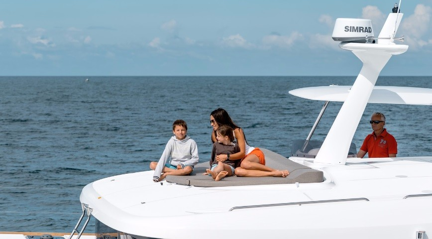 Lagoon 40 Power Catamaran with watermaker (TOMMY)  - 3