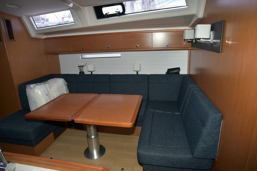 Bavaria Cruiser 56 (5+1)  with A/C (AGAMEMNON)  - 6