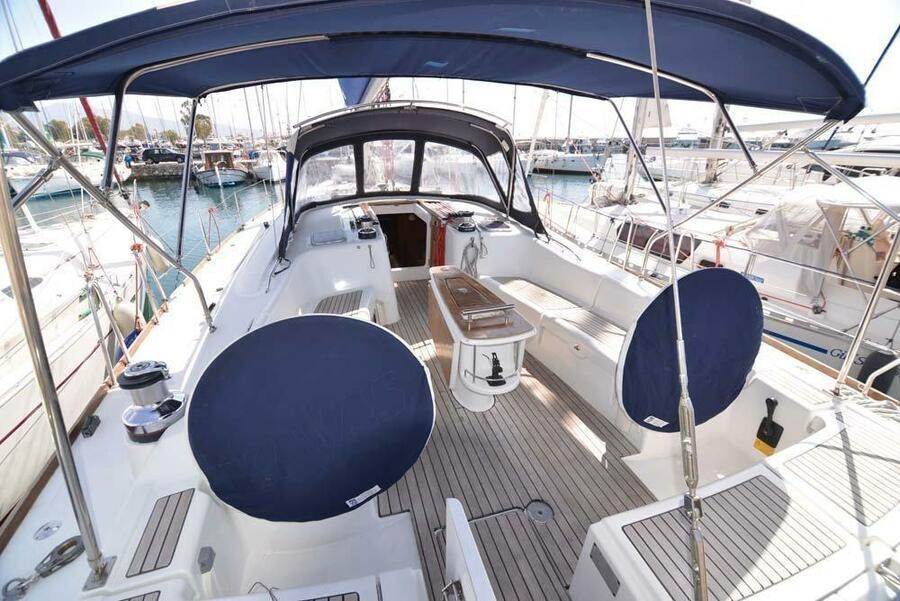 Oceanis 54 (Captain John)  - 7