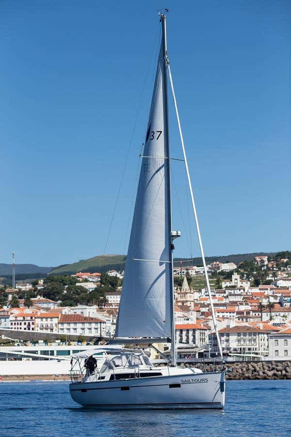 Bavaria 37 cruiser (Sailtours)  - 4