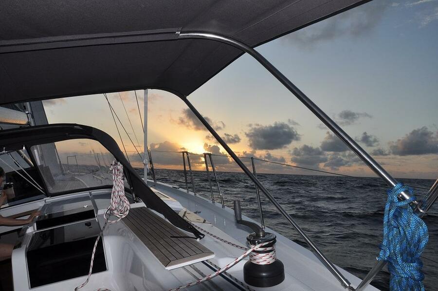 Hanse 505 (Avalon Sunset)  - 3
