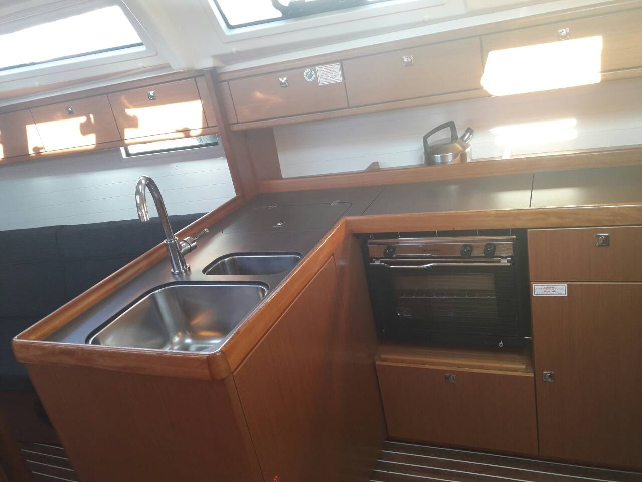 Bavaria Cruiser 37 (John K)  - 7