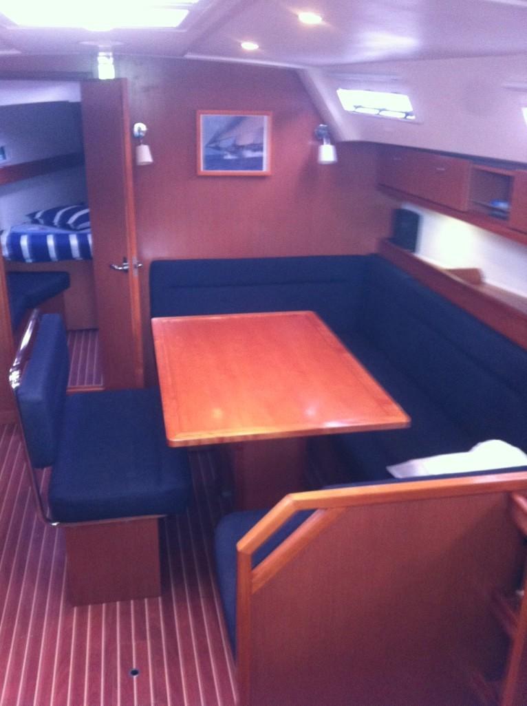 Bavaria Cruiser 40 (Bavaria 40)  - 11