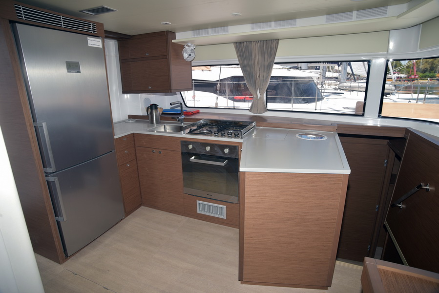 Lagoon 52 F with watermaker & A/C - PLUS (COLOMBO)  - 18
