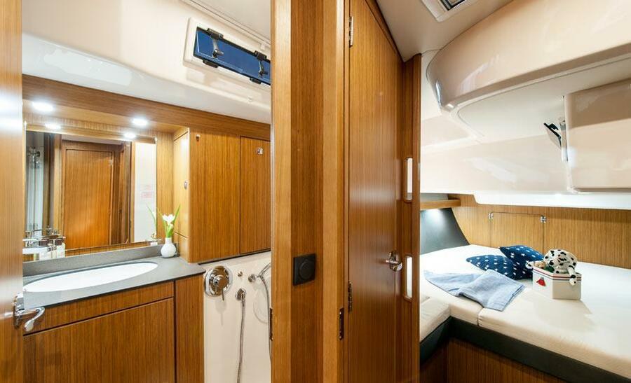 Bavaria Cruiser 56 (2758)  - 4