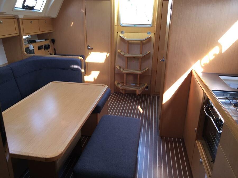 Bavaria Cruiser 41 (Alioth)  - 9