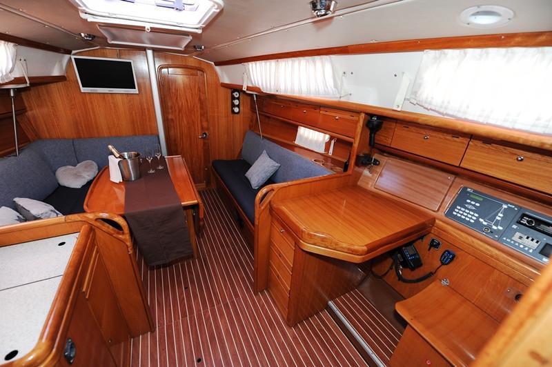 Bavaria 34 Cruiser (Nina Nina)  - 12