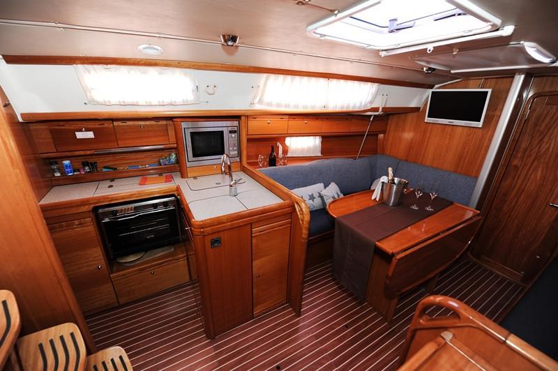 Bavaria 34 Cruiser (Nina Nina)  - 14