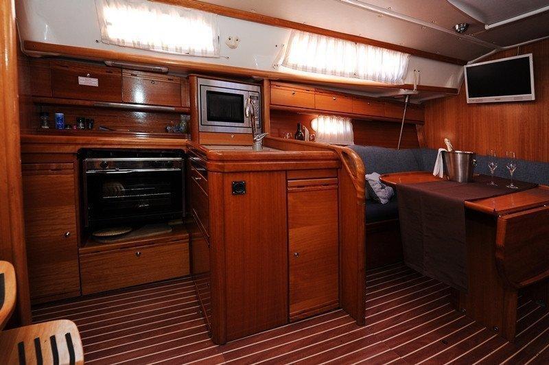 Bavaria 34 Cruiser (Nina Nina)  - 10