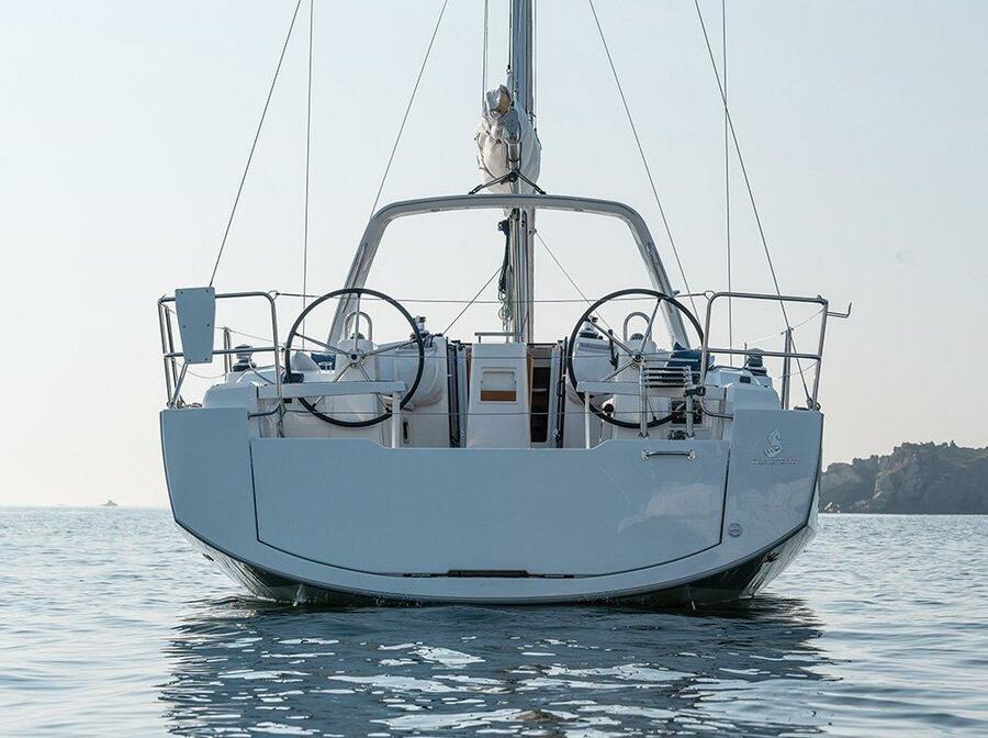 Oceanis 38 (Martine)  - 0