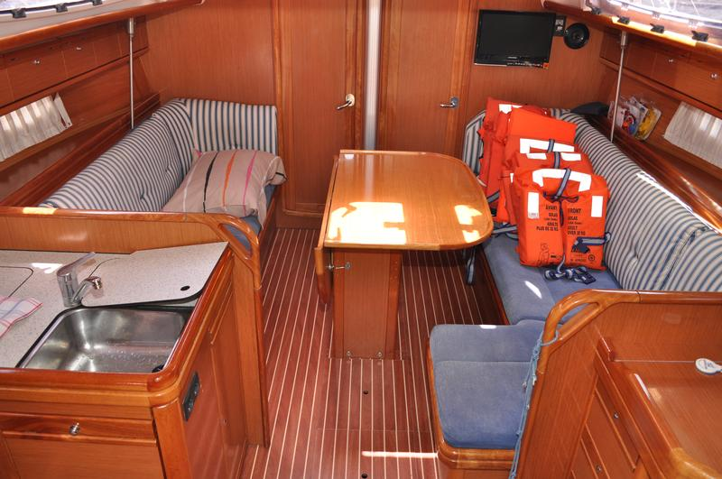 Bavaria 38 Cruiser (CORI)  - 1
