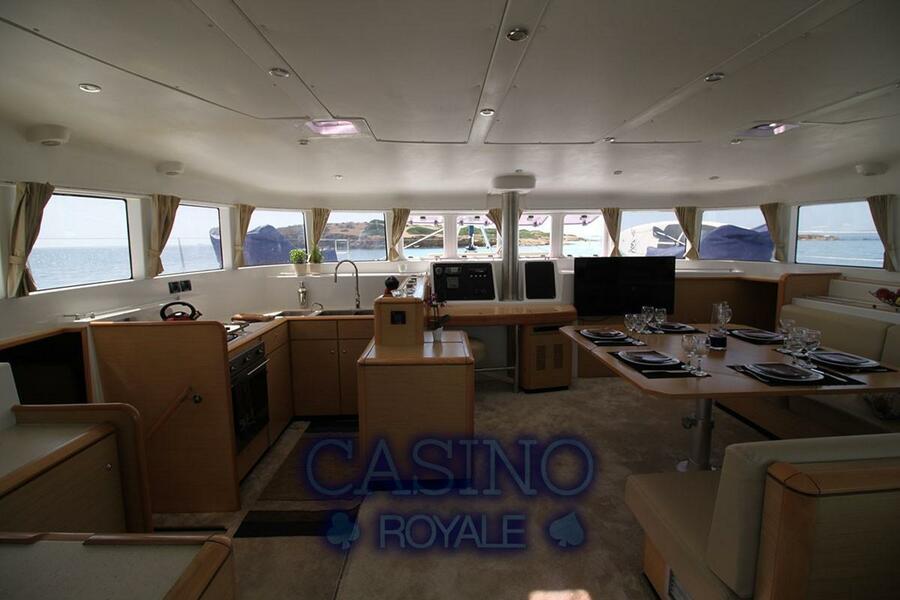 Lagoon 500 (Casino Royale)  - 2