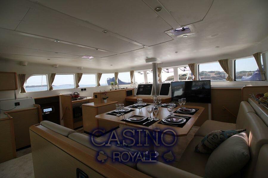 Lagoon 500 (Casino Royale)  - 3