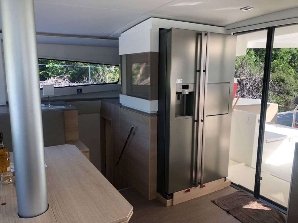 Bali 4.5 with watermaker & A/C - PLUS (TONGA)  - 13