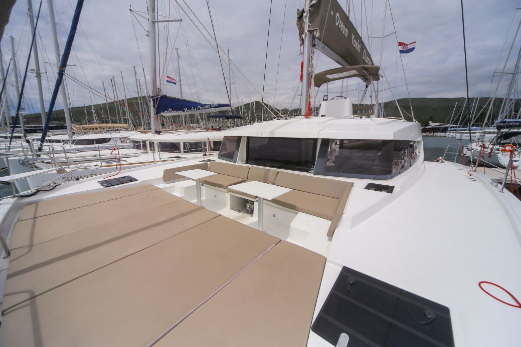Bali 4.5 with watermaker & A/C - PLUS (TOKELAU)  - 19
