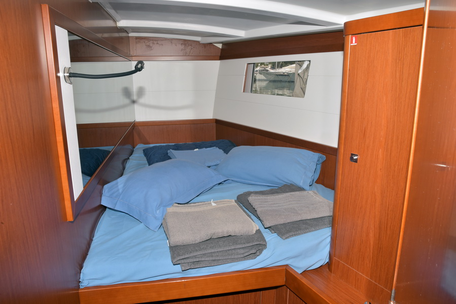 Oceanis 48 with A/C (DESROCHES)  - 22