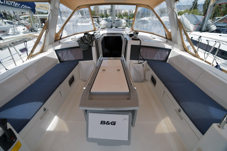 Oceanis 48 with A/C (DESROCHES)  - 9