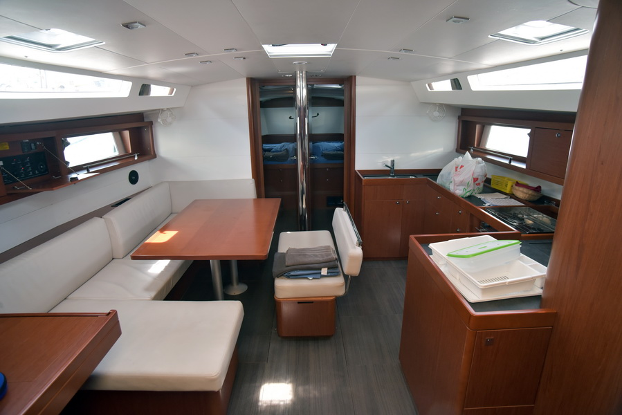 Oceanis 48 with A/C (DESROCHES)  - 24