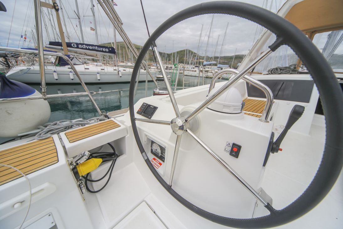 Oceanis 48 with A/C (ALDABRA)  - 14