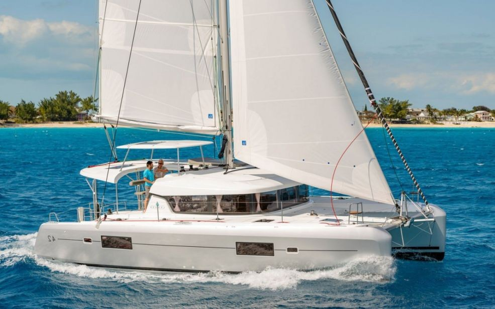 Lagoon 42 with A/C (Oceanfront)  - 6