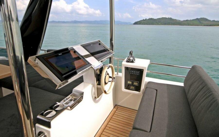 Lagoon 630 Power Crewed (Serenity)  - 11