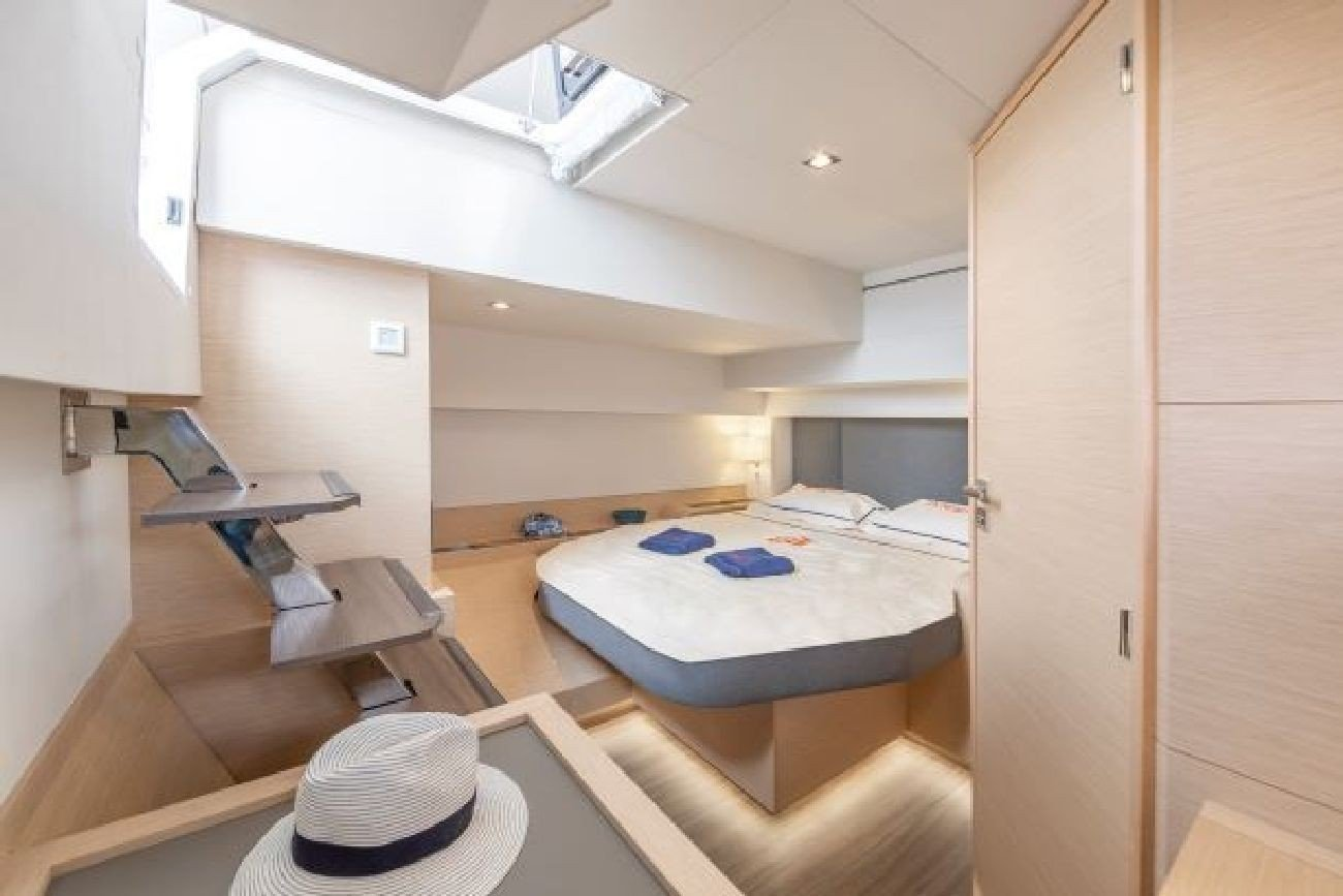 Fountaine Pajot Alegria  67 (Number One)  - 3