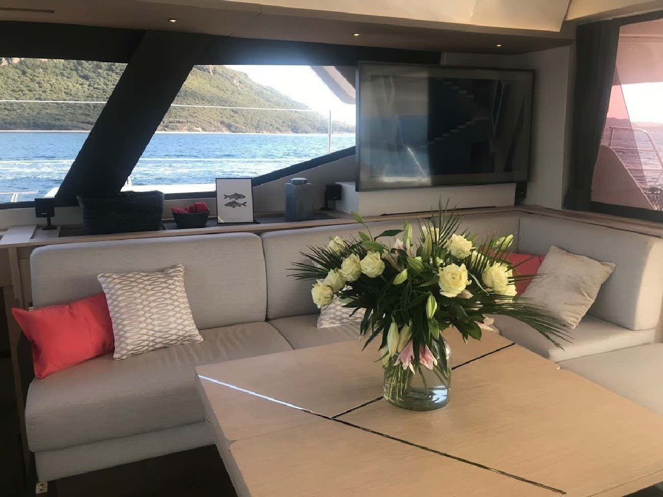Fountaine Pajot Alegria  67 (Number One)  - 13