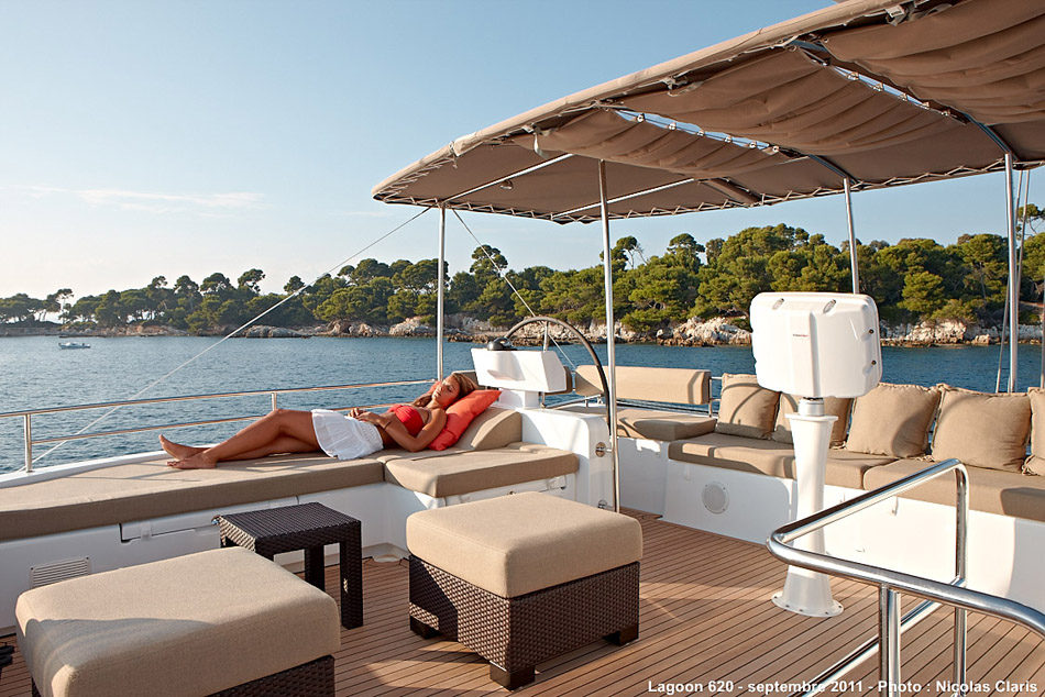 Lagoon 620 Crewed (DREAM MALLORCA II)  - 2