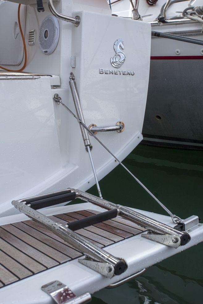 Oceanis 38.1 (Bellagio)  - 7