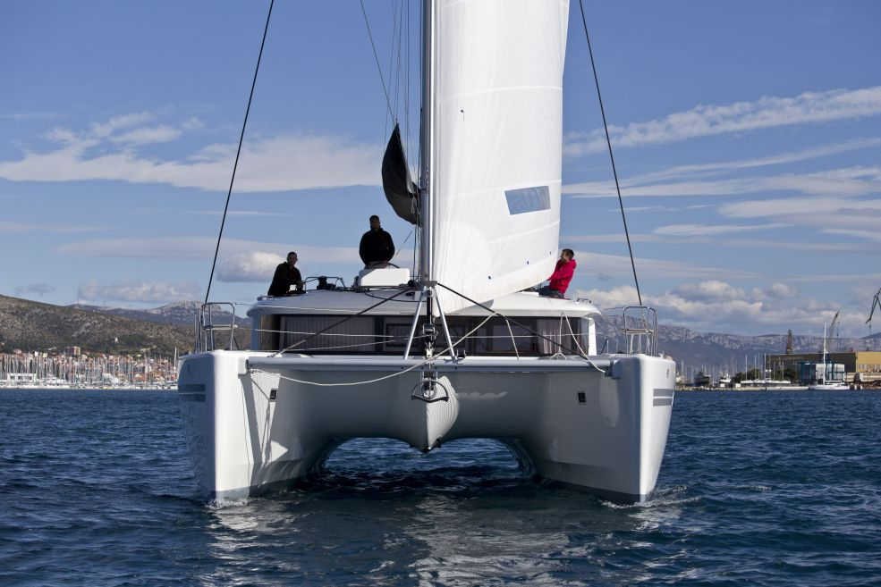 Lagoon 450 F with A/C (PIX)  - 1