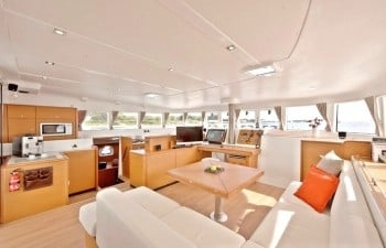 Lagoon 500 Crewed (VIP ONE)  - 10