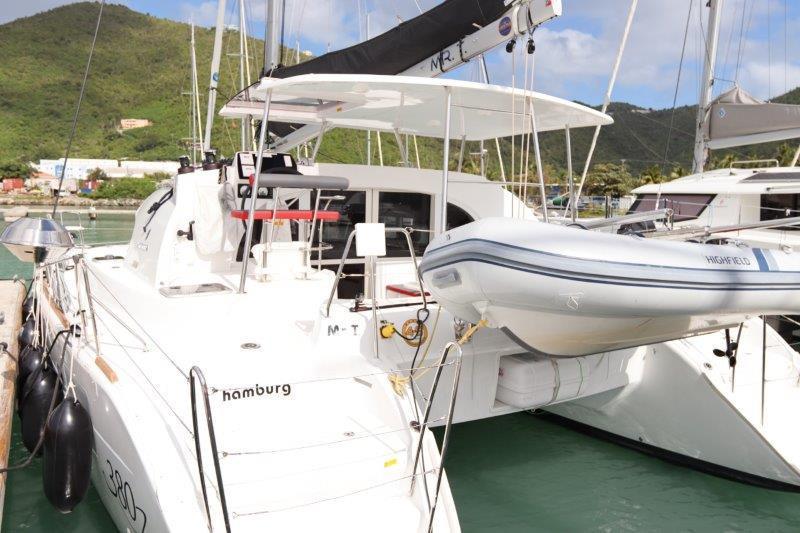 Lagoon 380 (MR T)  - 18