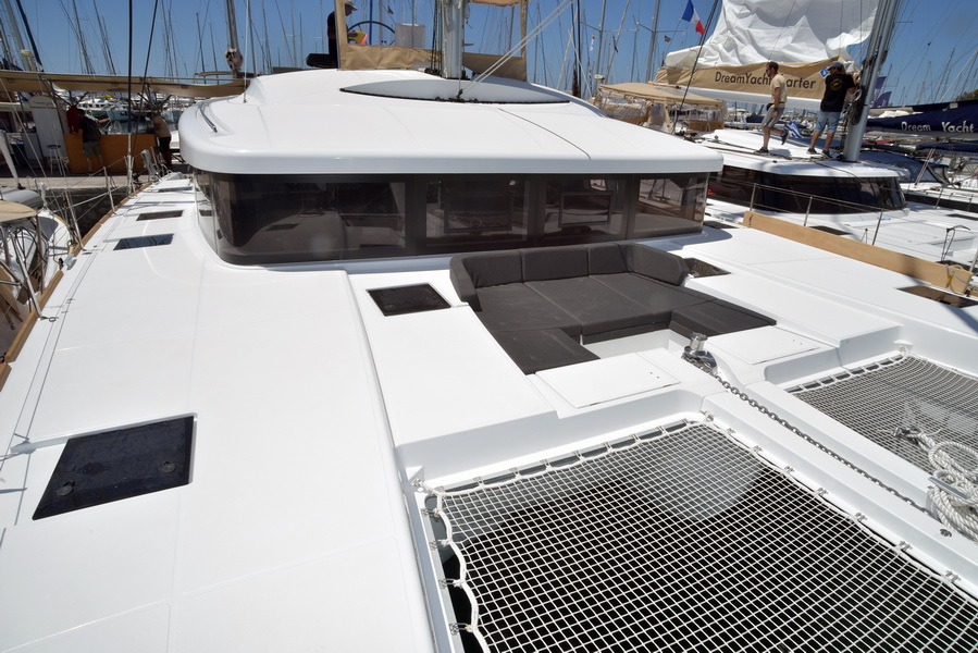 Lagoon 52 F with watermaker & A/C - PLUS (KETOUPA)  - 26