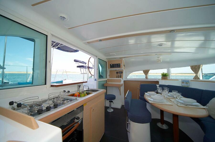 Lagoon 380 S2 Owner Version (Poe Nina)  - 1