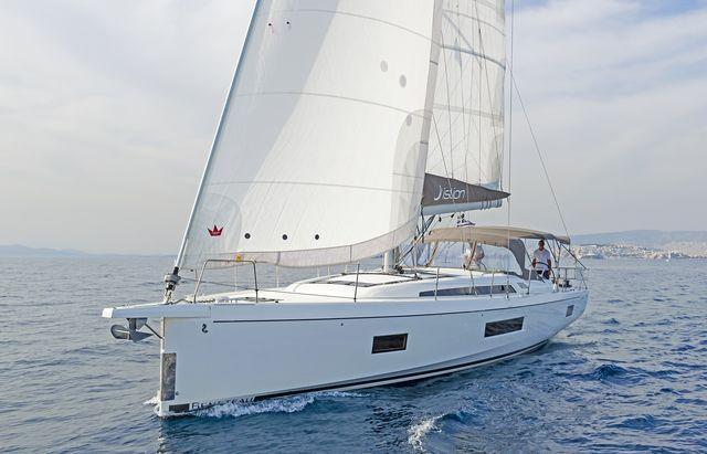 Oceanis 51.1 AC & GEN (MAMAKITA)  - 16