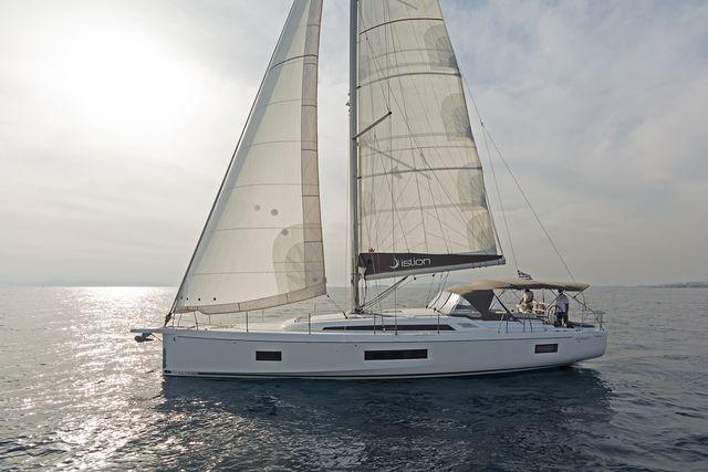 Oceanis 51.1 AC & GEN (BABAKITA)  - 13