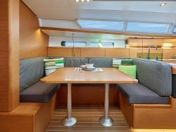 Sun Odyssey 419 (WEATHER OR KNOT)  - 3