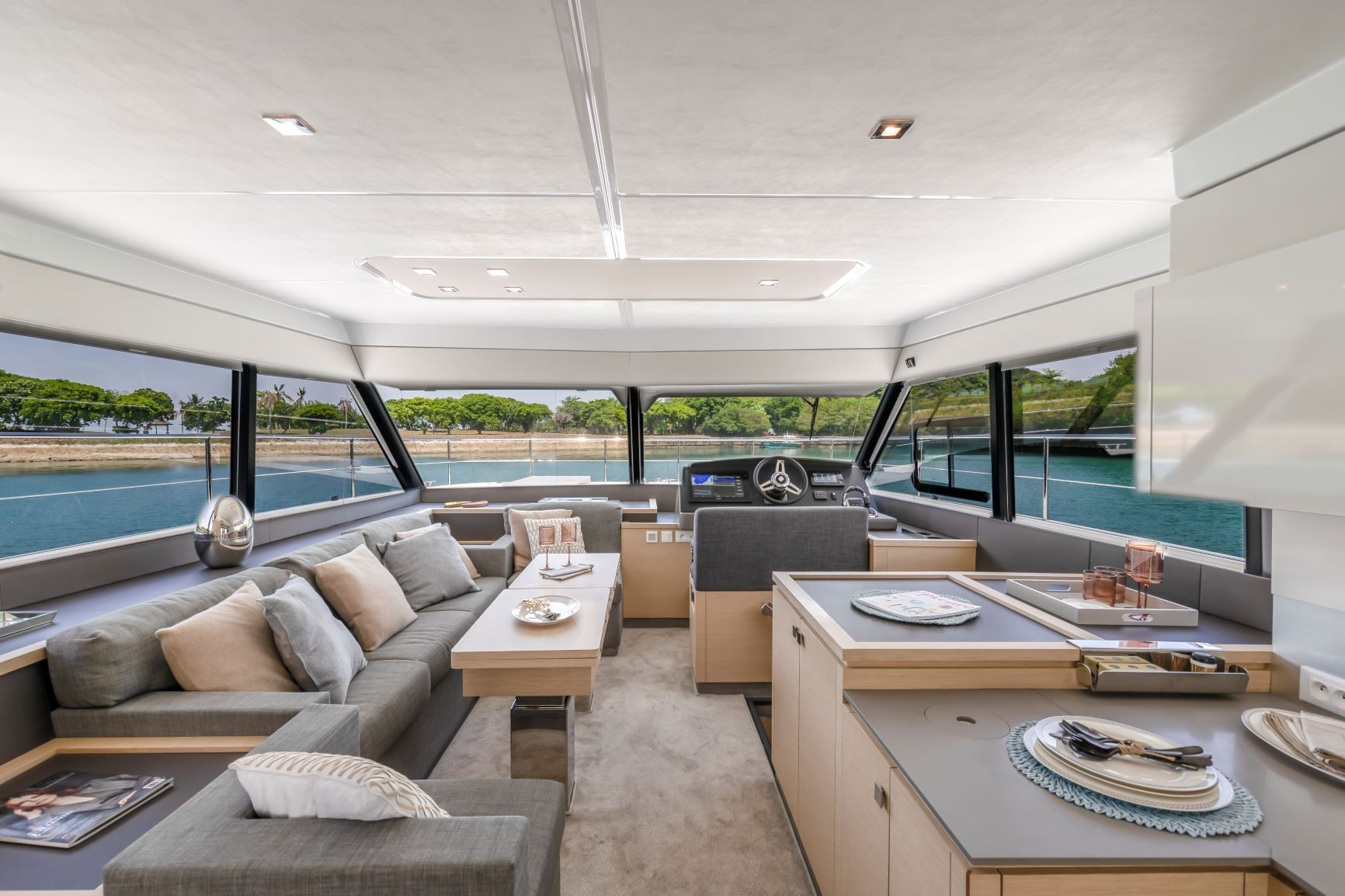 Fountaine Pajot MY 40 (Pegasus)  - 12