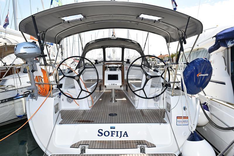 Bavaria 37 Cruiser (Sofija)  - 1