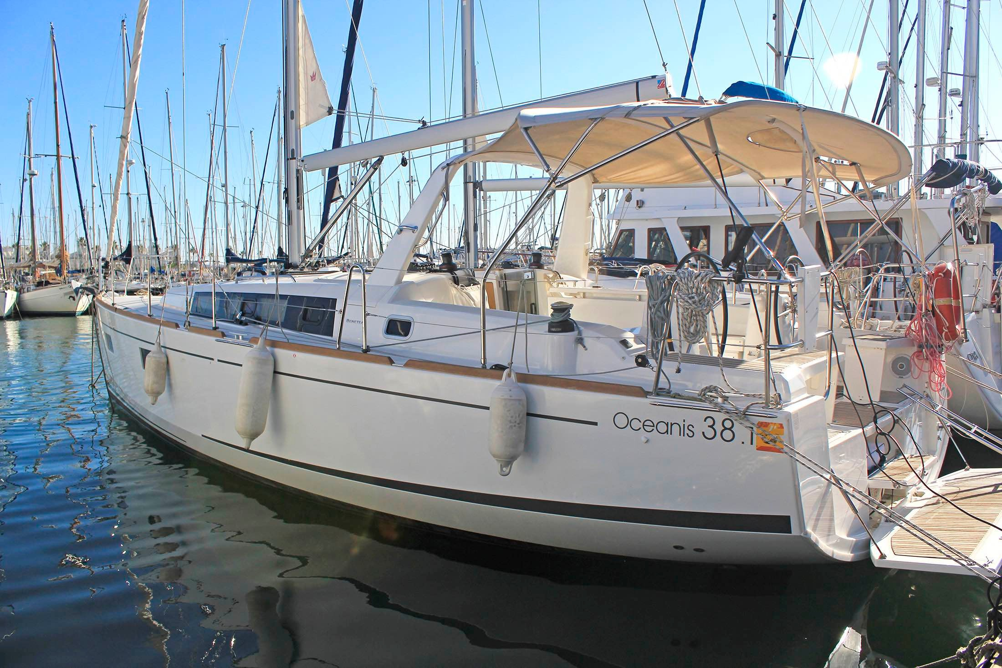 Oceanis 381 (TIFON II 2021OC 38.1 BCN)  - 4
