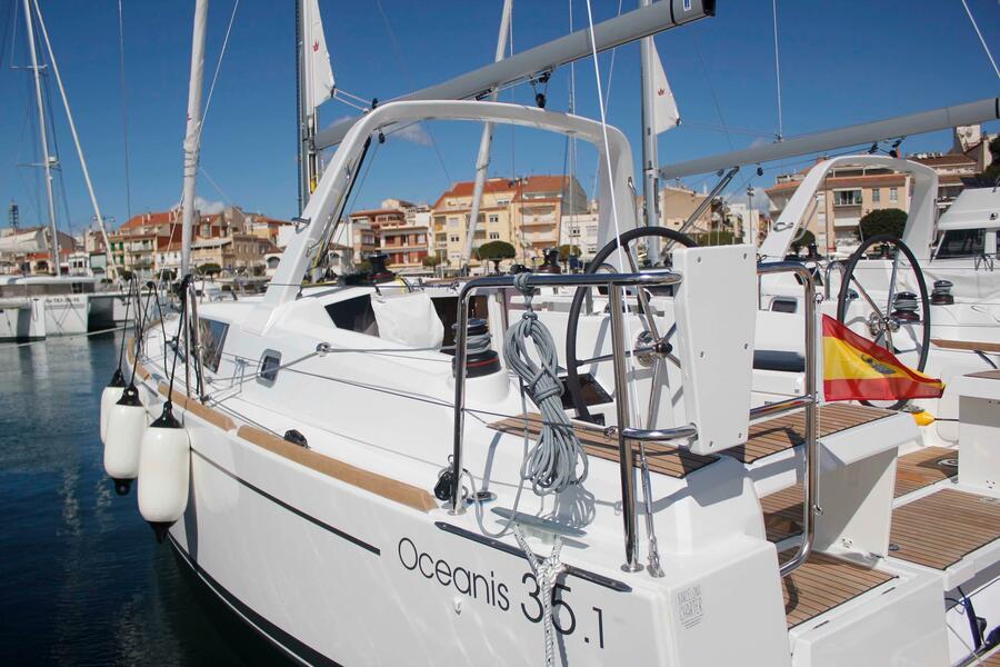 Oceanis 35.1 (LLAMPUGA)  - 0