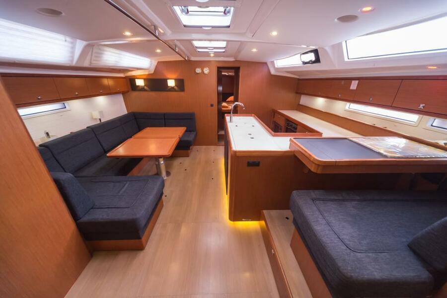 Bavaria Cruiser 56 (5+1) with A/C (LA VESTALE_DB)  - 9
