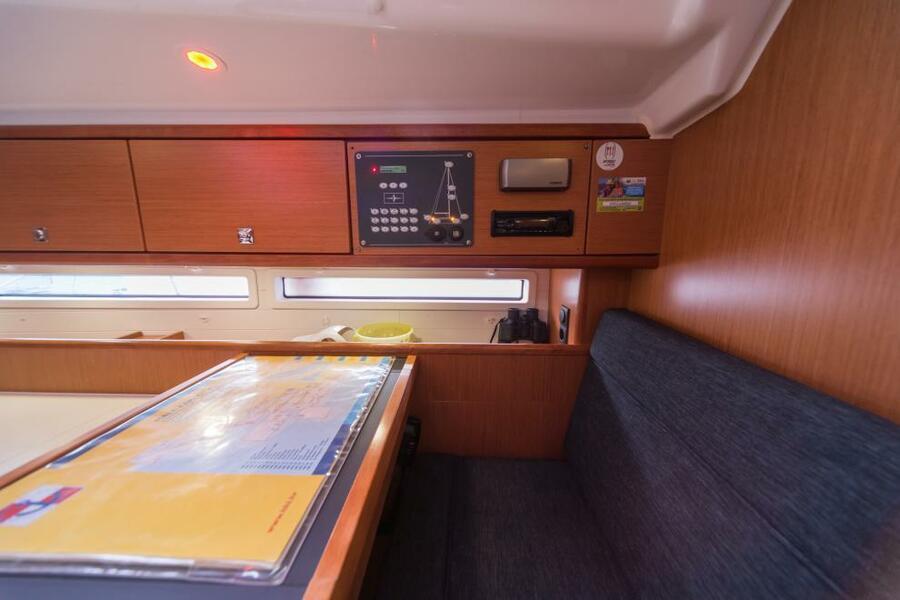Bavaria Cruiser 56 (5+1) with A/C (LA VESTALE_DB)  - 11