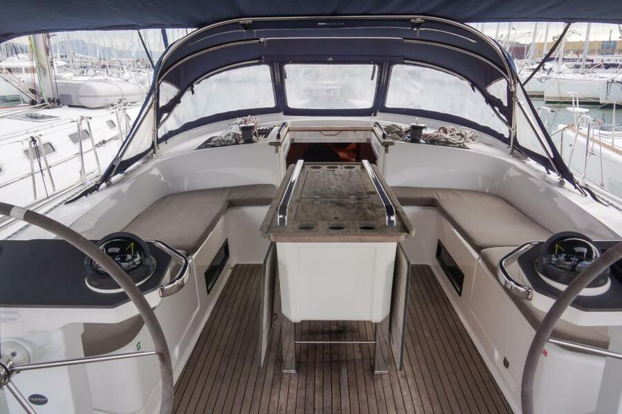 Bavaria Cruiser 56 (5+1) with A/C (LA VESTALE_DB)  - 4