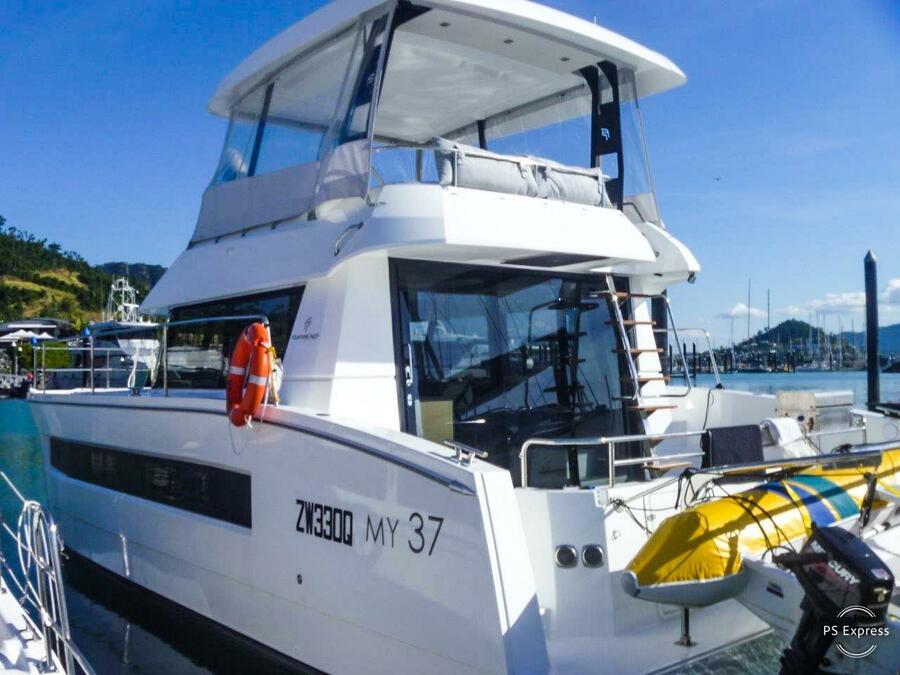 Motor Yacht 37 with A/C (HAUMEA_DB)  - 1
