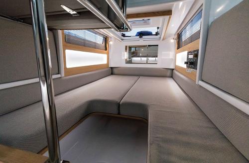 Axopar 28 Cabin (Waterproof)  - 1