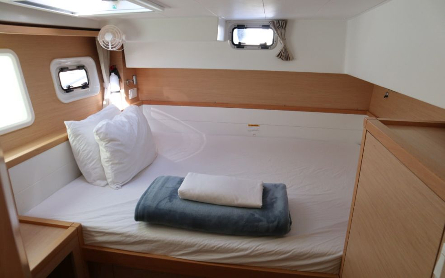 Lagoon 40 Power Catamaran with A/C (Lion of the Sea_DB)  - 13