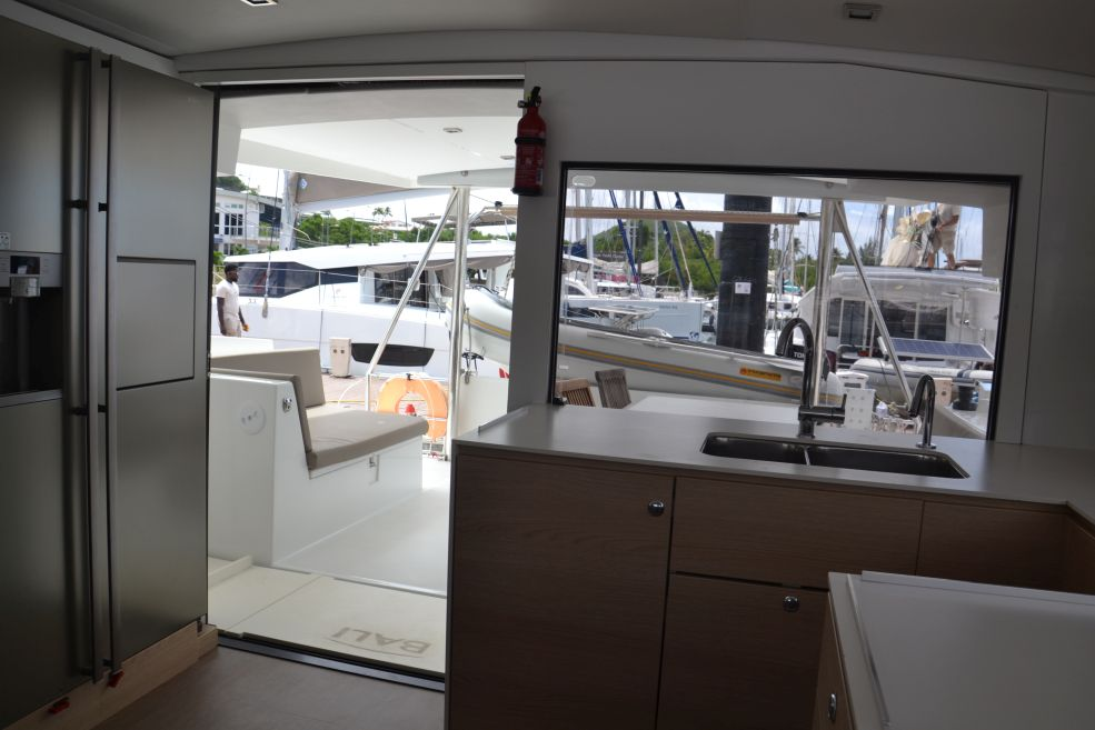 Bali 4.5 with watermaker & A/C - PLUS (BONAIRE_G)  - 9