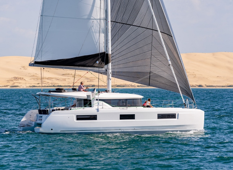Lagoon 46 with watermaker & A/C - PLUS (FLX_DB)  - 0
