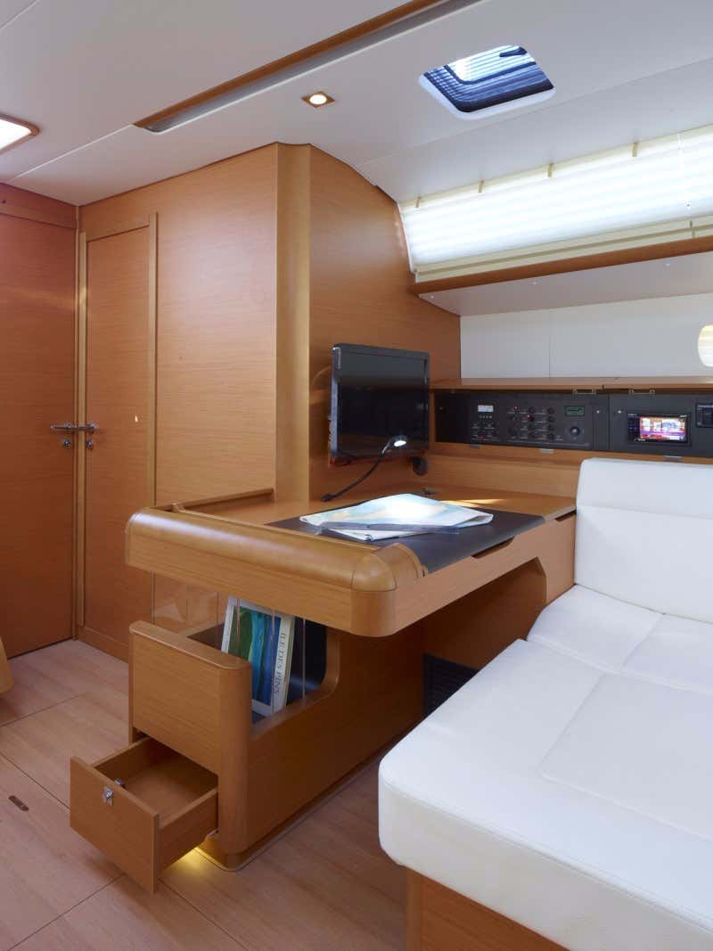 Sun Odyssey 519  with watermaker & A/C - PLUS (NOSY BE_DB)  - 5